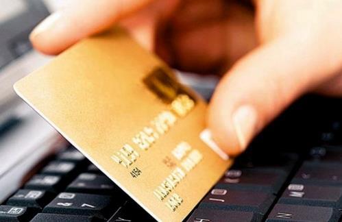 Уфимский мошенник обманул женщину из Курска на 210 тысяч рублей