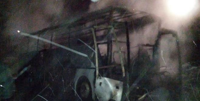 На трассе М-5 сгорел автобус