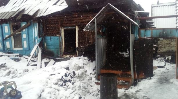 В Стерлитамаке сгорел дом, в котором проживала семья из семи человек