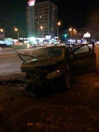 Авария возле остановки «Спортивная» в Уфе 21.02.2016