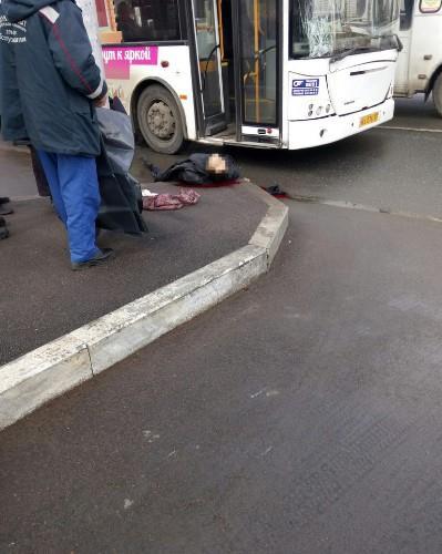 v-ufe-avtobus-sbil-peshehoda4