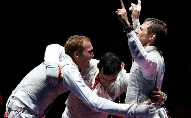 Олимпийская победа рапиристов Тимура Сафина и Артура Ахматхузина