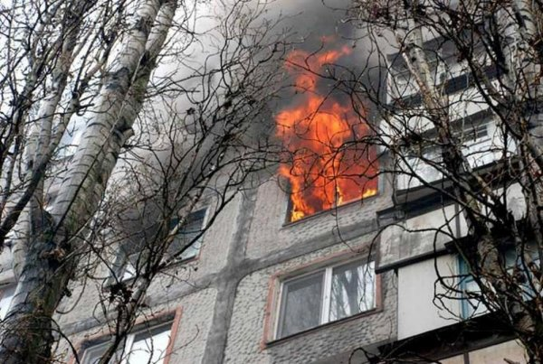 В Уфе случился сильный пожар, эвакуировано 25 человек