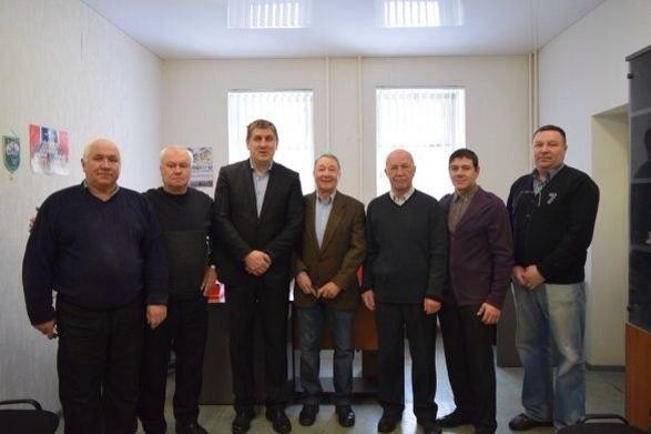 Ветераны башкирского хоккея получили дипломы от Федерации хоккея России